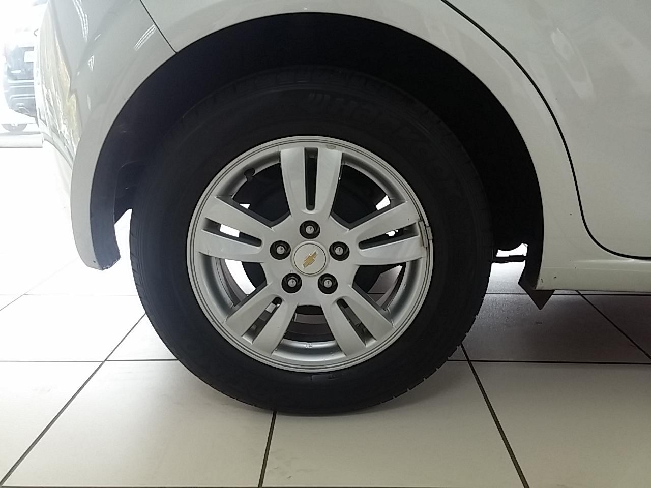 Chevrolet Sonic 1.6 Ls 5dr