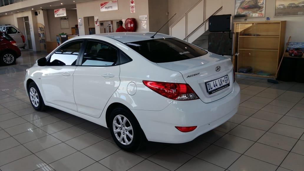 Hyundai Accent 1.6 Gl