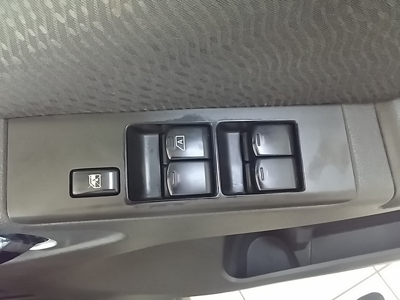 Nissan Navara 2.5 Dci Le 4x4 A/t P/u D/c