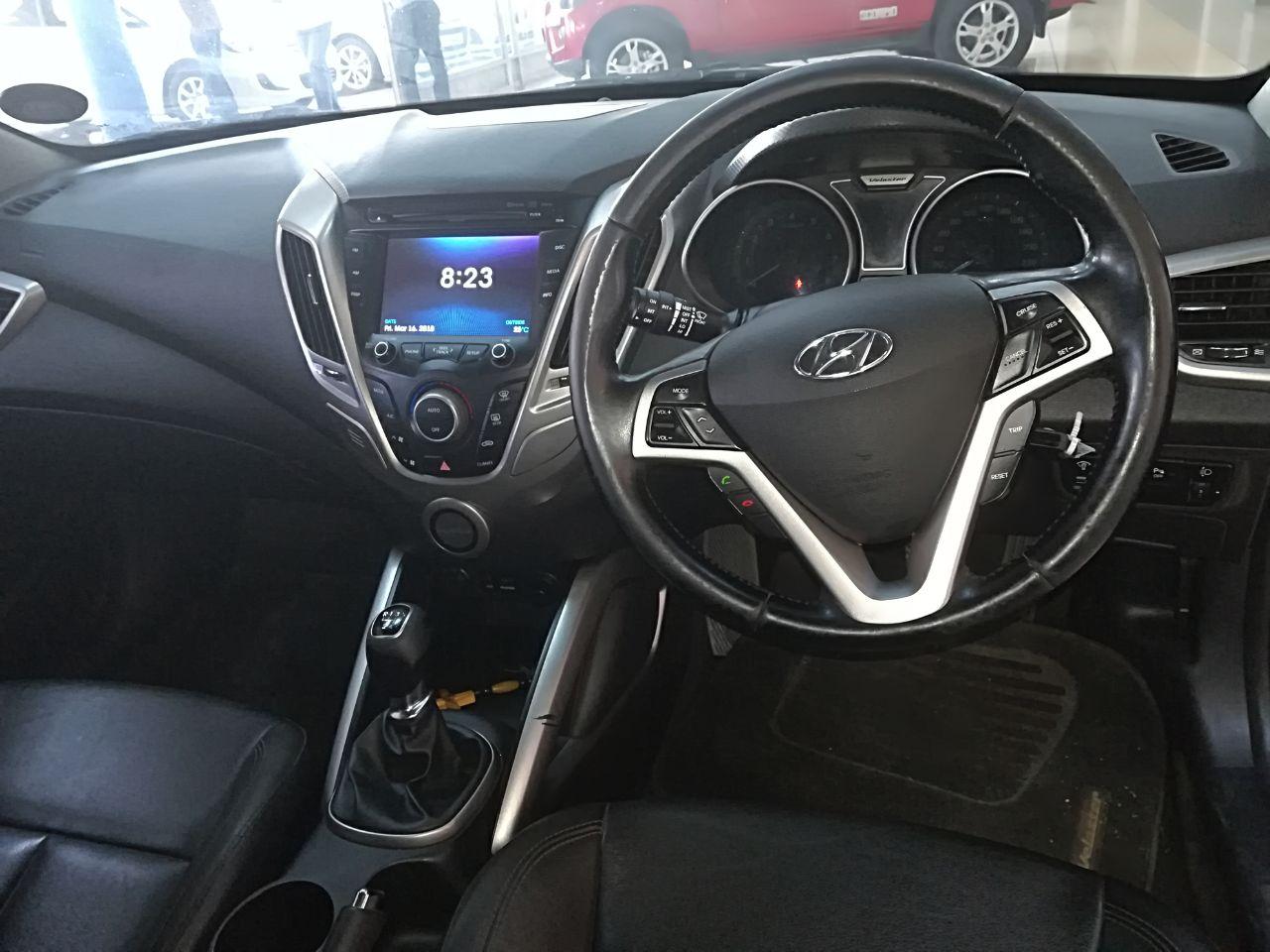 Hyundai Veloster 1.6 GDI Executive DCT