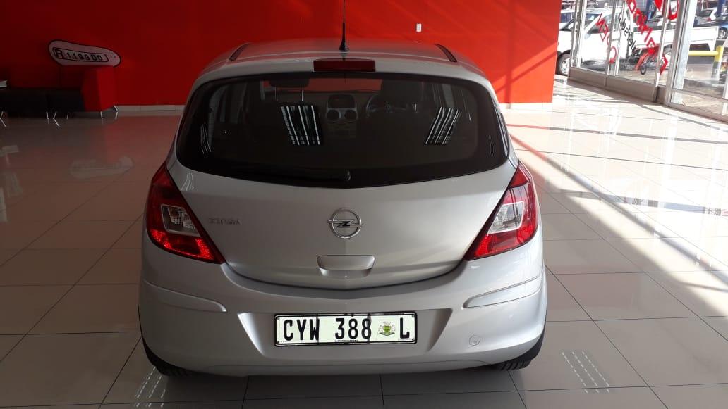 Opel Corsa 1.4 Essentia 5dr