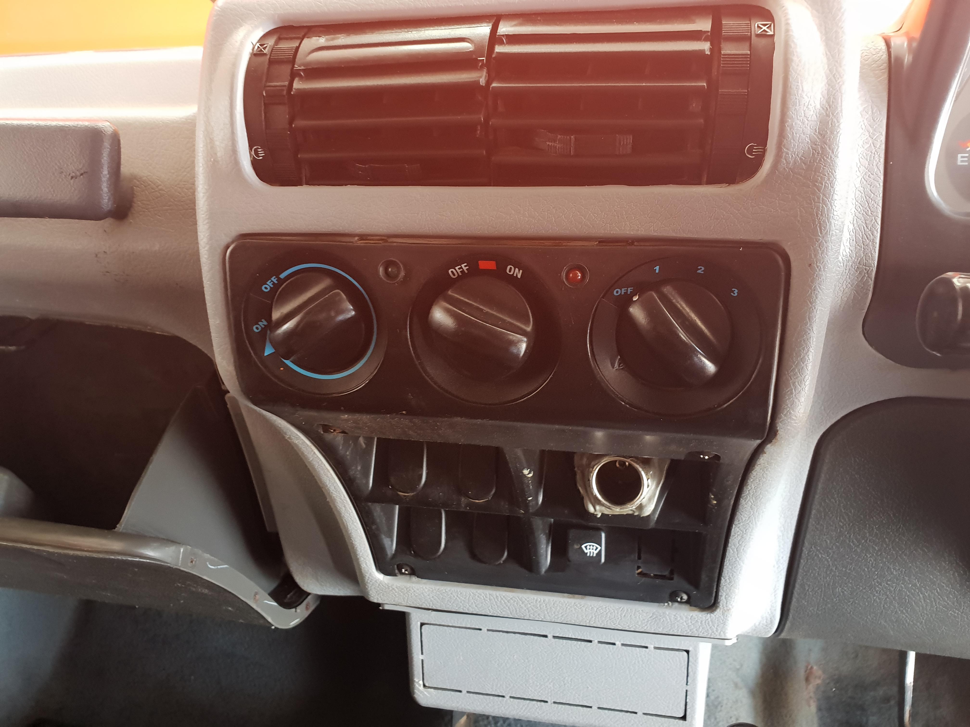 Mahindra Bolero Nef 4x4 P/u S/c
