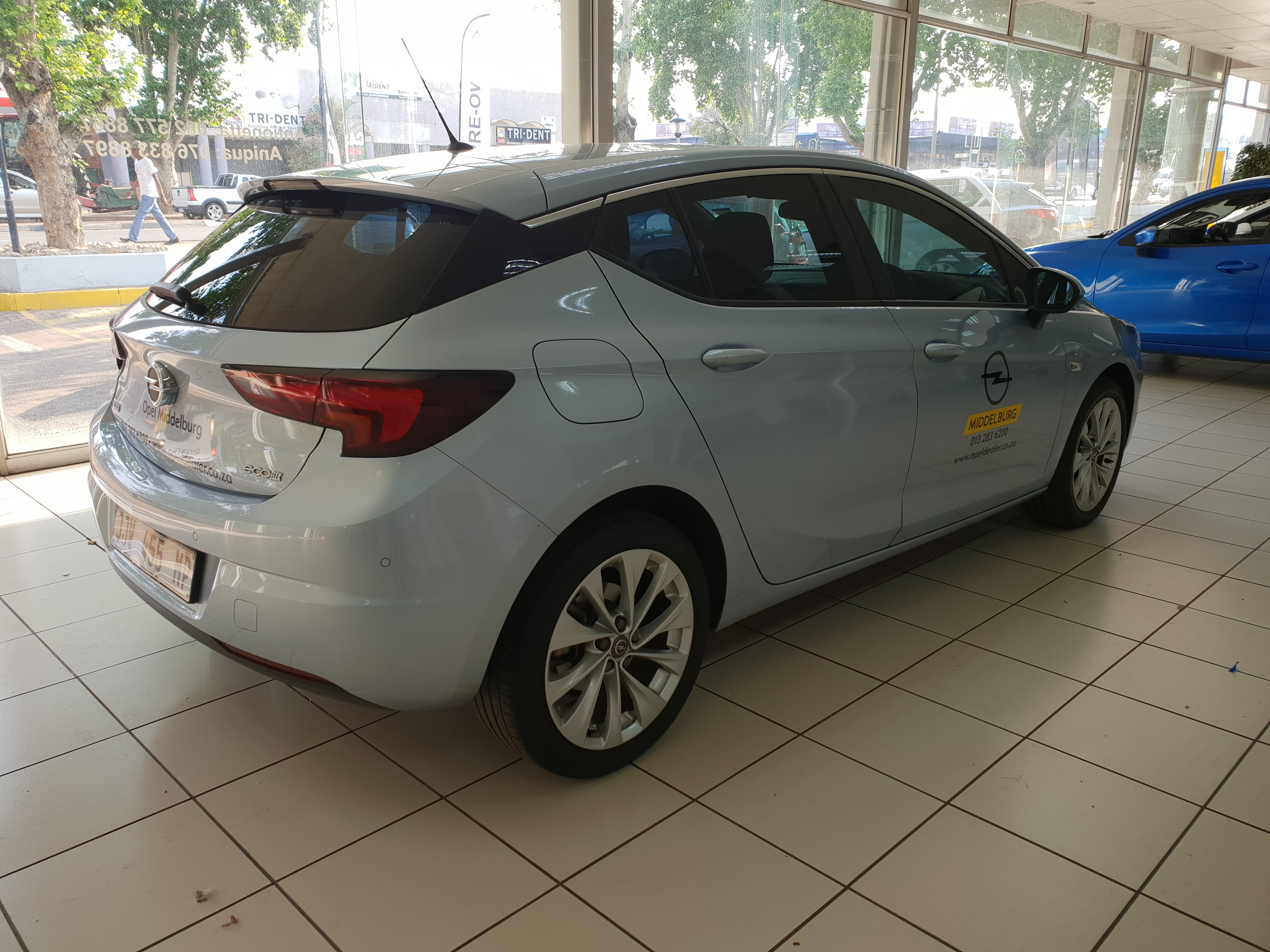 Opel Astra 1.0T Enjoy 5-Door