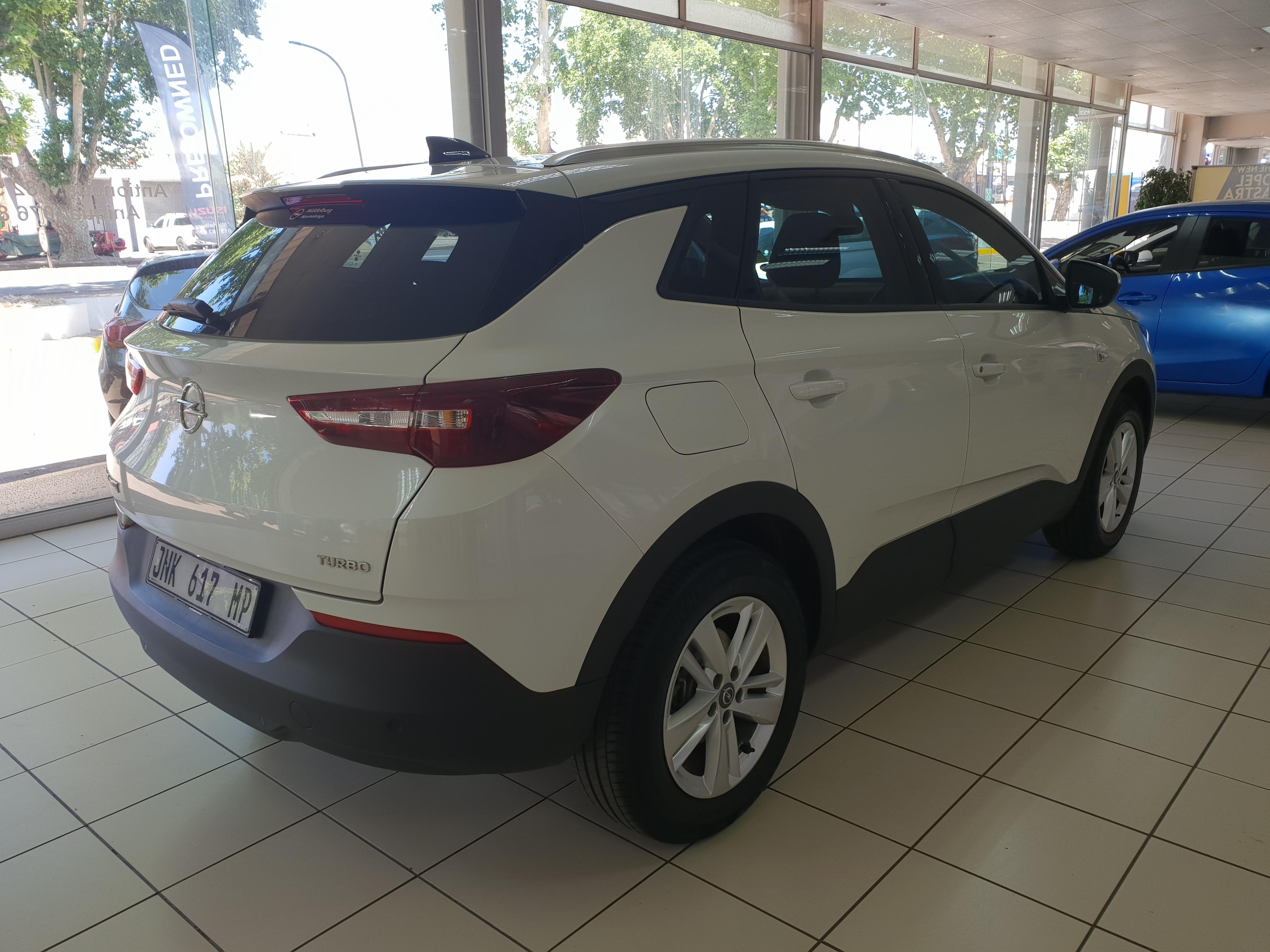Opel Grandland X 1.6T Enjoy Auto