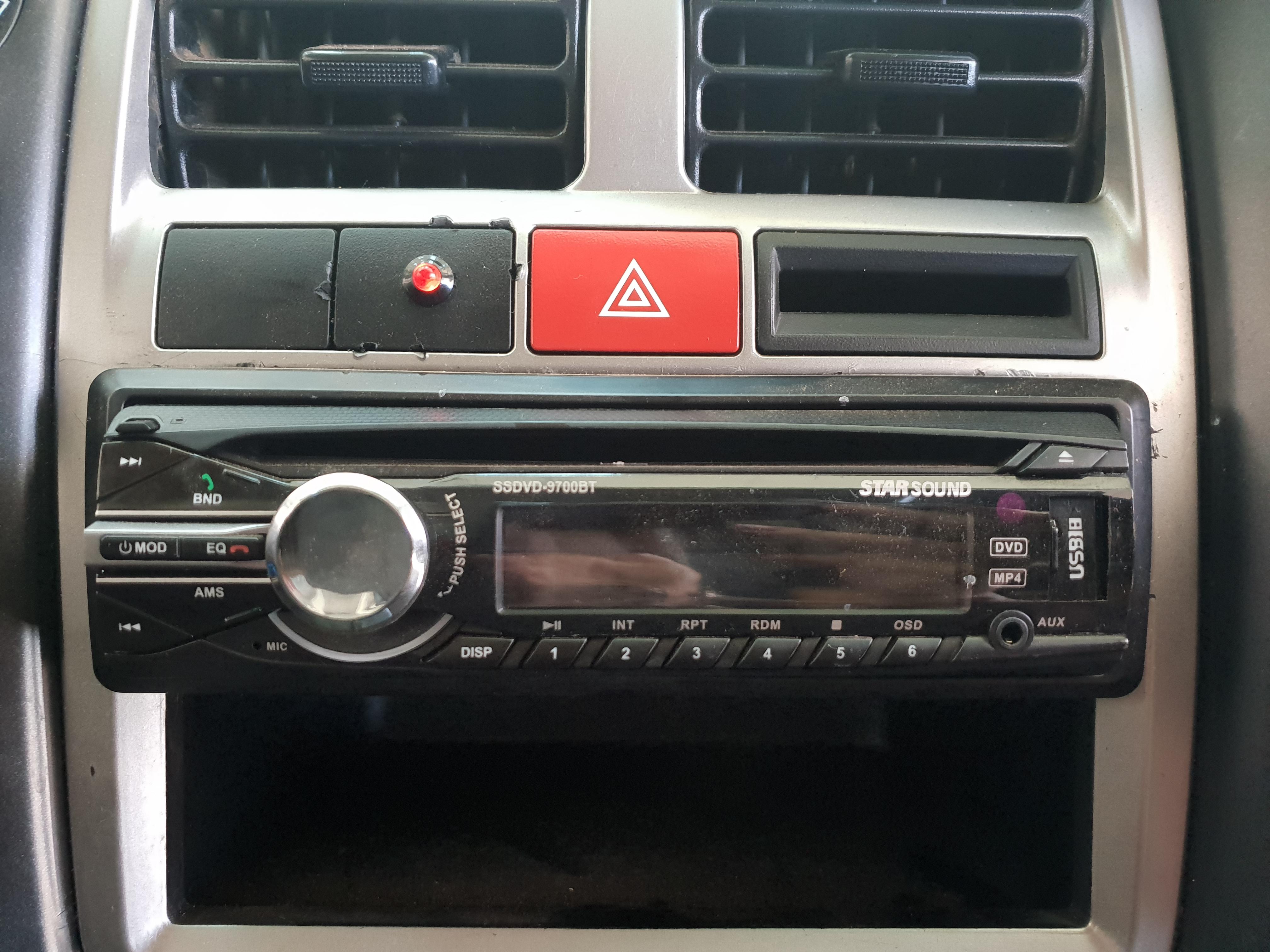Hyundai H100 Bakkie 2.6d A/c F/c D/s