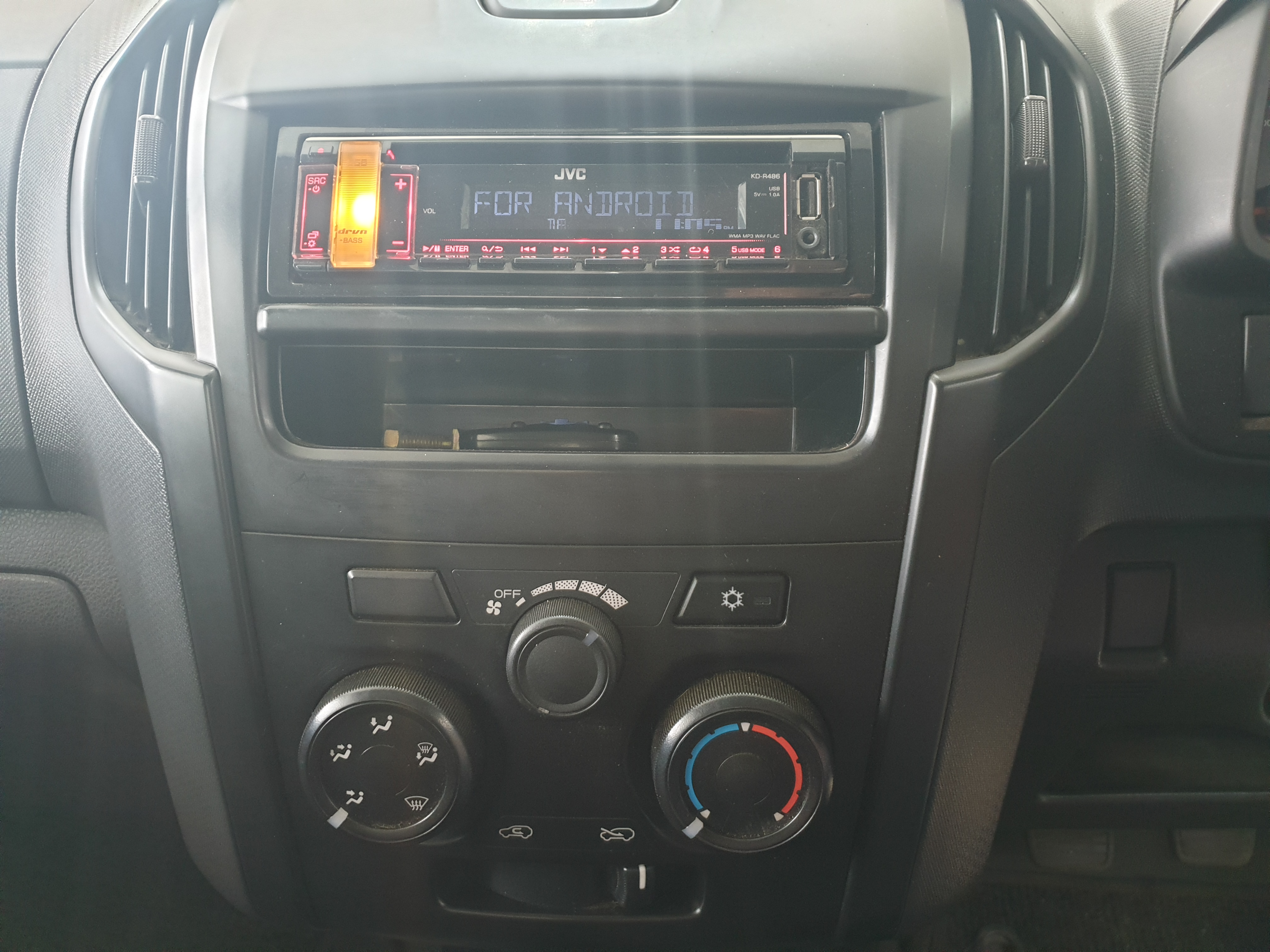 Isuzu KB Series 250D LEED Fleetside Single Cab Bakkie