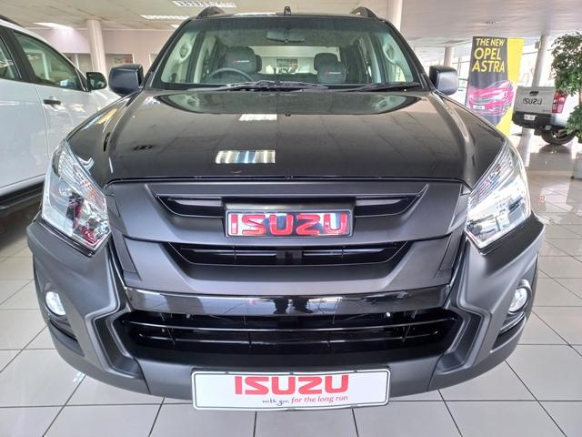 ISUZU DMAX 250 XRIDER BLACK AT
